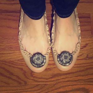 Size 7.5 beige leather Vera Wang flats w/ sparkle